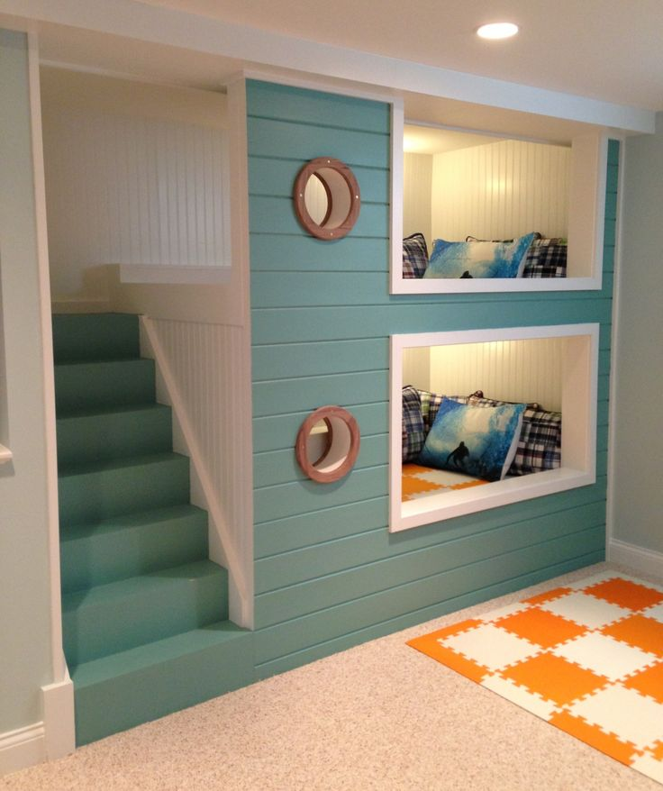 Triple bunk ideas bespoke bunk beds for Boys nautical bedroom ideas